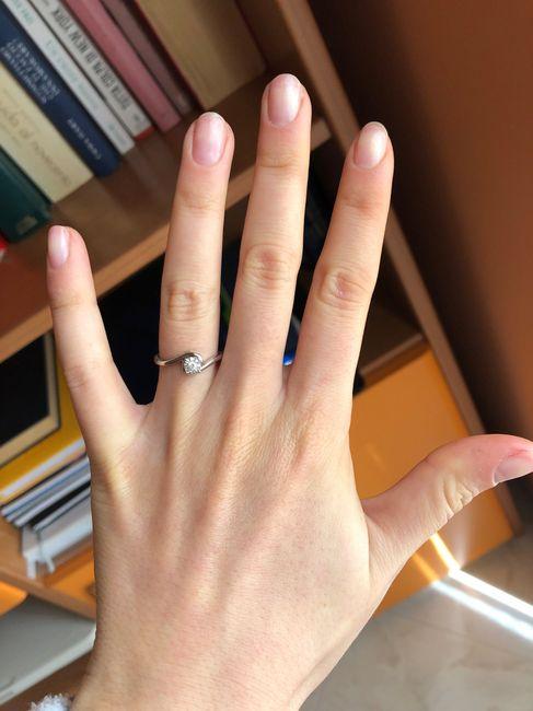 #LoveFriday - Mostrateci il vostro anello di fidanzamento - 1