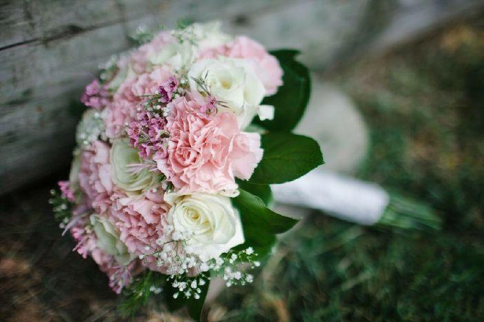 Garofani: fiori da matrimonio o da cimitero? 3