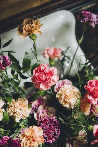 Garofani: fiori da matrimonio o da cimitero? 9