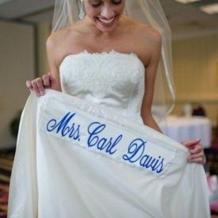 Una cosa blu? Sotto il vestito!