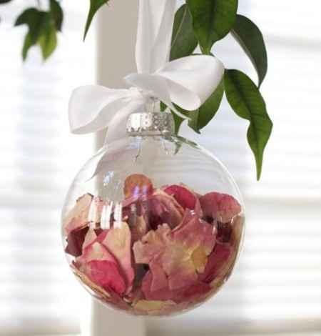 Ricordi del matrimonio nelle palline di Natale