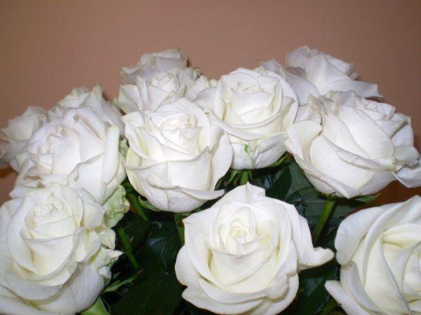 Matrimonio Girasoli E Rose Bianche : Bouquet sposa rose bianche orchidee e pizzo pagina
