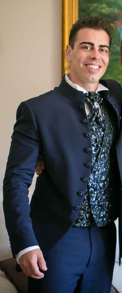 Ok vestito da sposa... ma da Uomo???? - 1