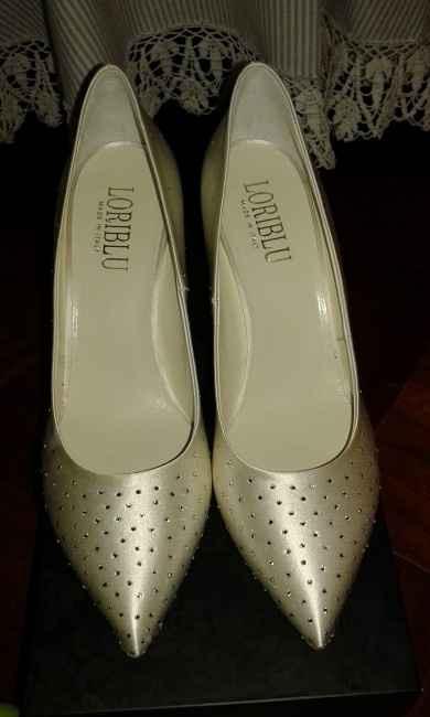 -22 ed ecco le scarpe ×)  - 1