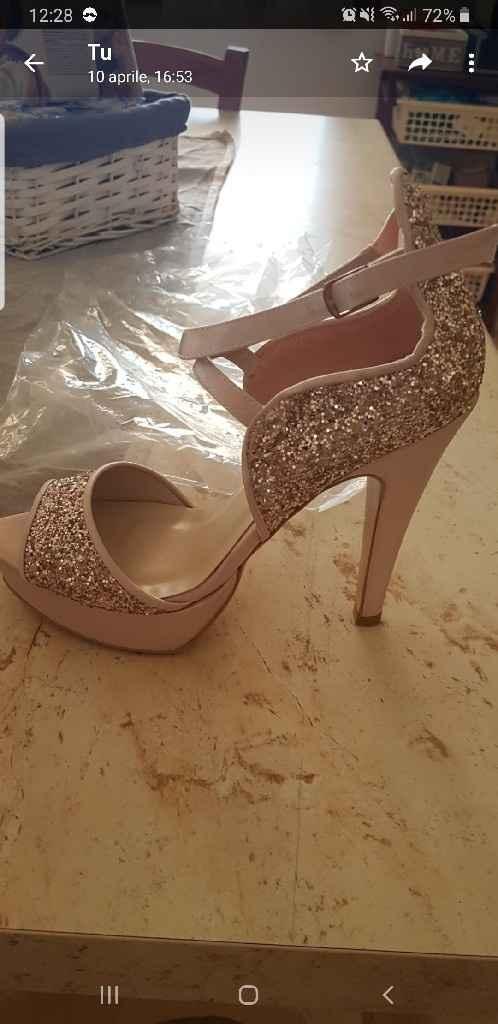 Le vostre scarpe? - 1