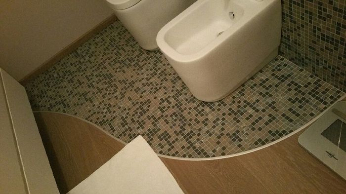 Scelta colore pavimento e cucina vivere insieme forum - Parquet nel bagno ...