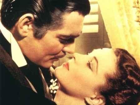 """bacio epico: Clark Gable e Vivien Leigh in """"Via col vento"""""""