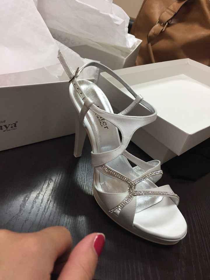Finalmente scarpe - 1