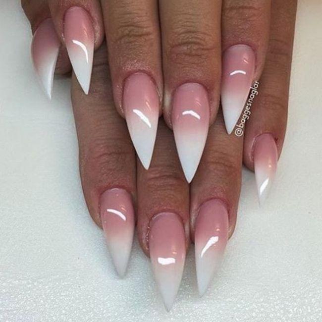 Che tipo di manicure?? 1
