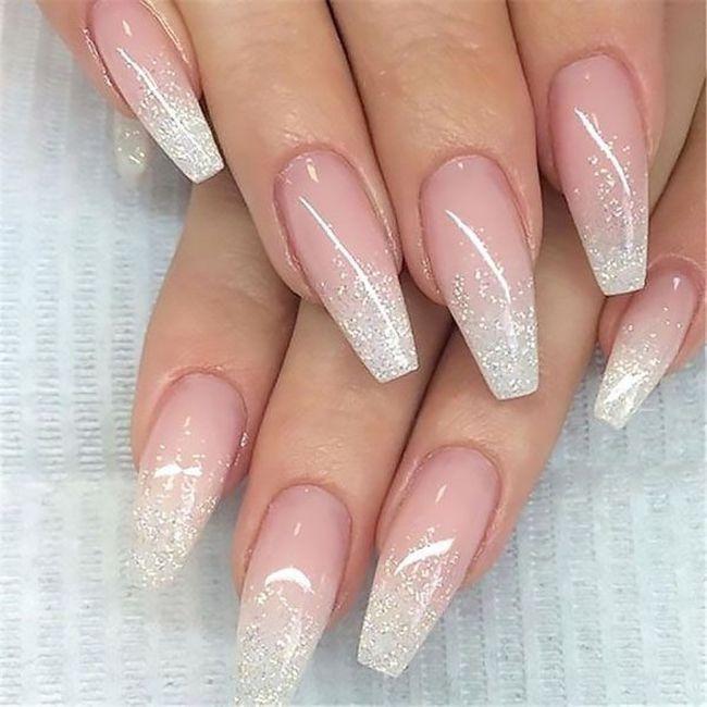 Che tipo di manicure?? 4