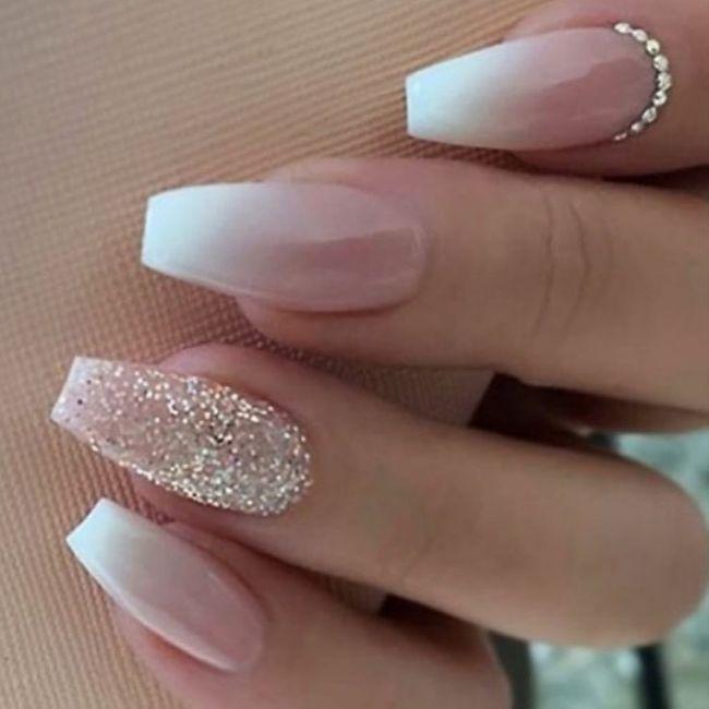 Che tipo di manicure?? 5