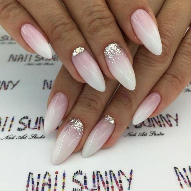 Che tipo di manicure?? 6