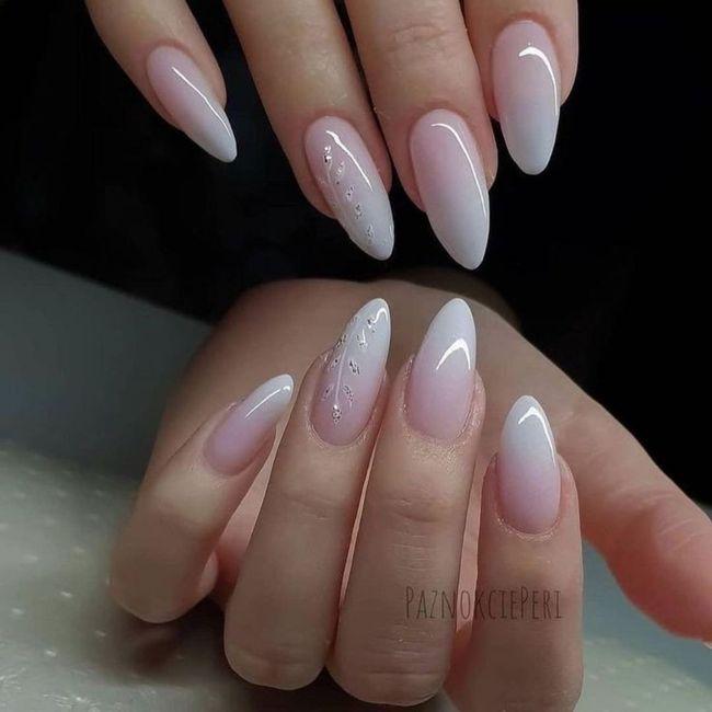 Che tipo di manicure?? 7