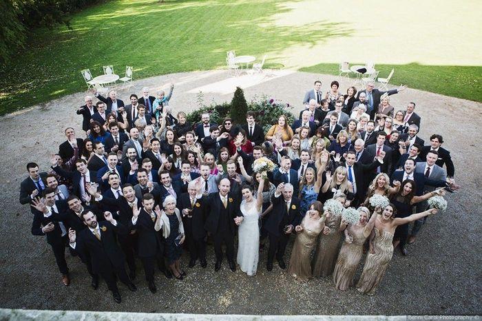 Quale foto con gli amici vincerà 4 Matrimoni.com? 4