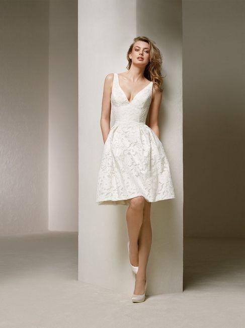 La combinazione perfetta per l'abito corto 2