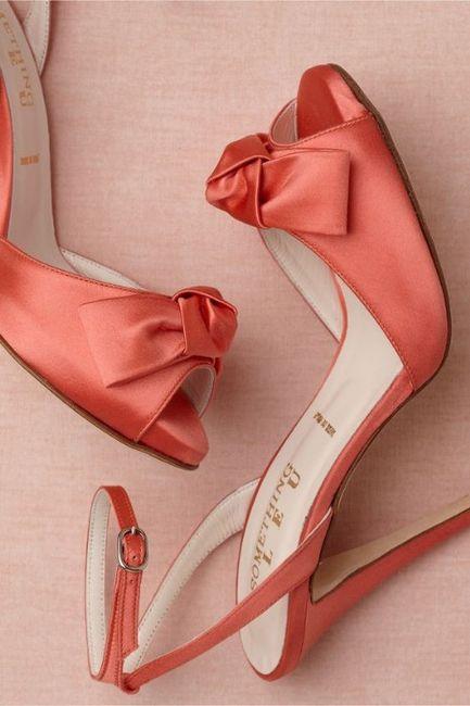 Colore Pantone 2019 - le scarpe 3