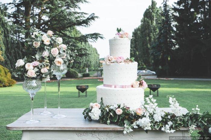 A ogni matrimonio la torta nuziale! 1