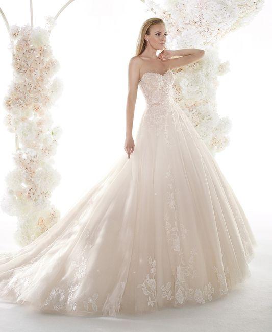 Quale tra questi abiti da sposa preferisci? 4