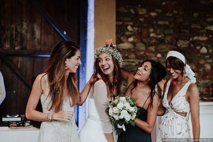 Come hai annunciato le tue nozze ai tuoi testimoni? 1