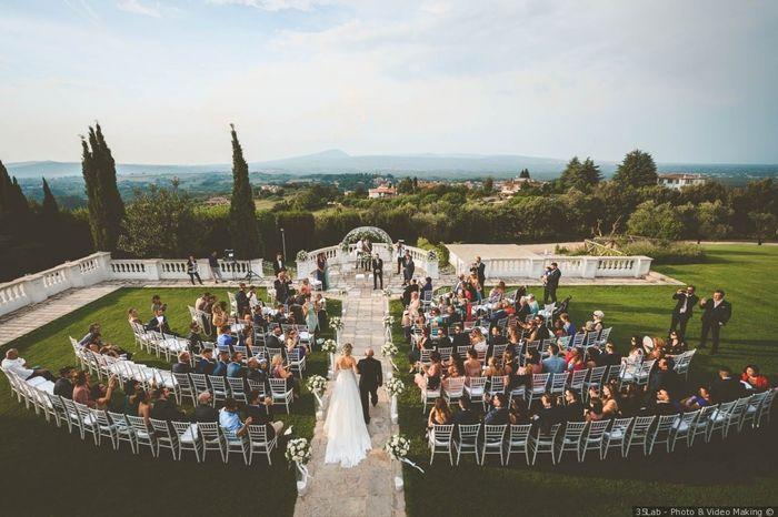 Organizza le tue nozze estive con le utenti esperte 1