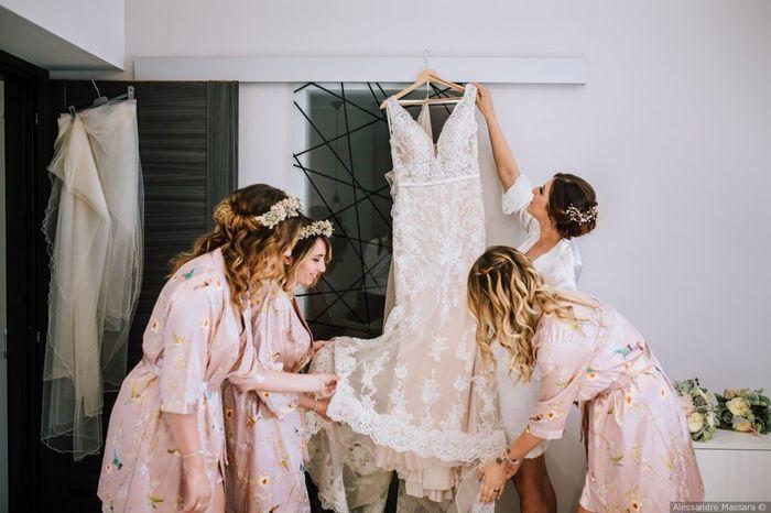 Di che stoffa siete fatte? Tutti i tessuti per gli abiti da sposa 1