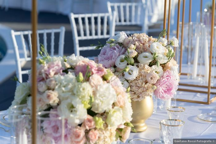Quale combinazione floreale ti piace di più tra queste proposte? 1