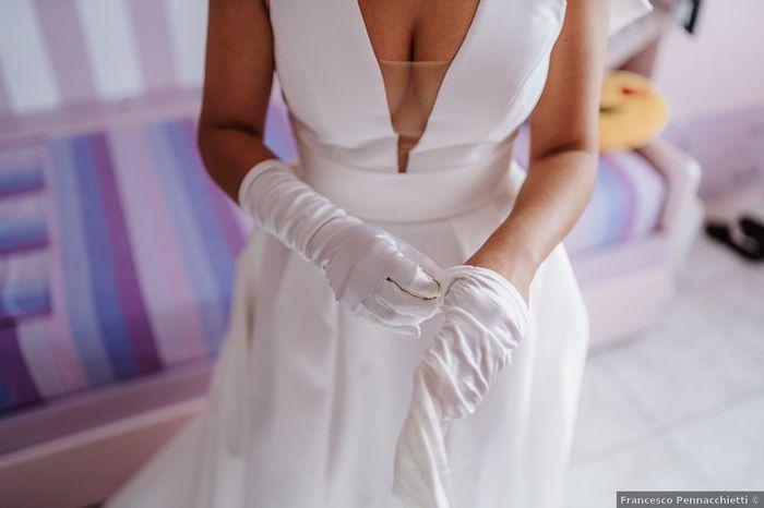 Guanti da sposa: fuori moda o sempre attuali? 1