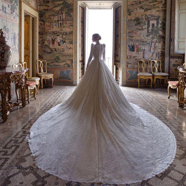 Nozze reali in Italia per la nipote di Lady D: Kitty Spencer e il suo abito principesco 1