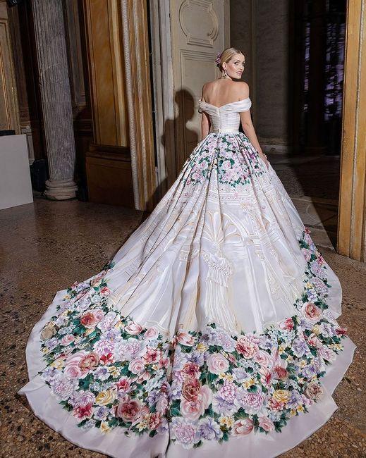 Nozze reali in Italia per la nipote di Lady D: Kitty Spencer e il suo abito principesco 3