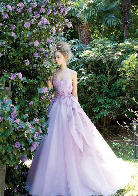 Vestito da sposa colorato - Foto