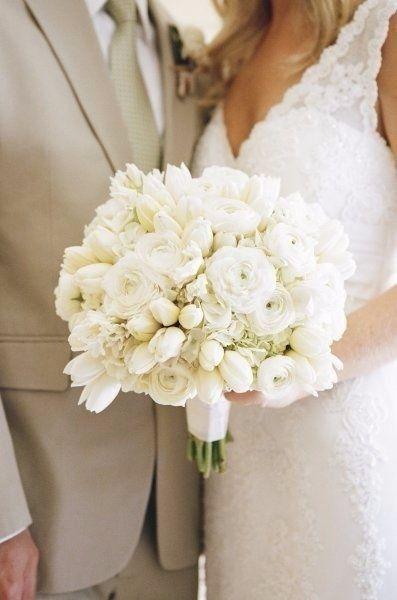 Il bouquet da sposa  estate o autunno  Quale preferisci ... 057bcf46496