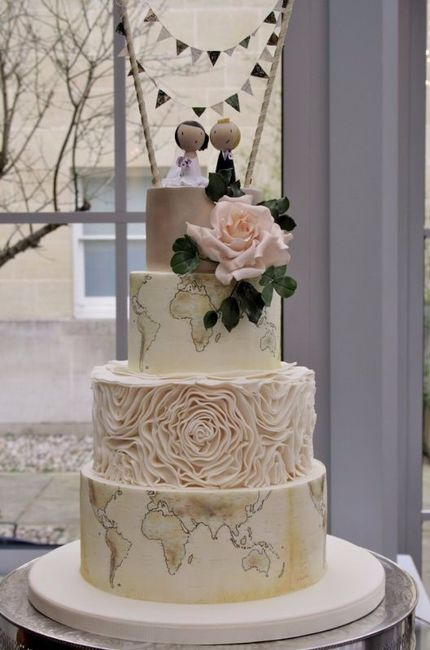 C) Torta nuziale
