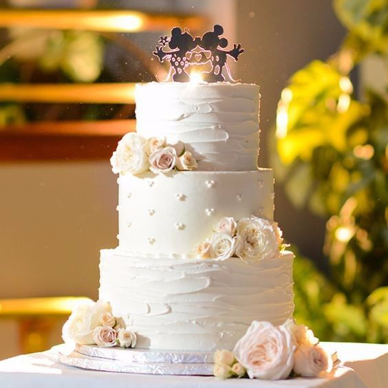 D) Torta nuziale