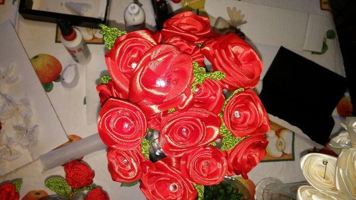 Rose con brillantini foto fai da te for Immagini con brillantini