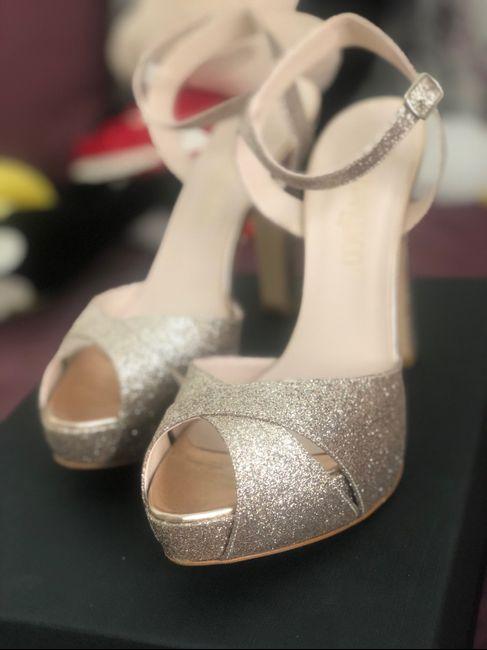 Scarpe gioiello: sì o no? 2