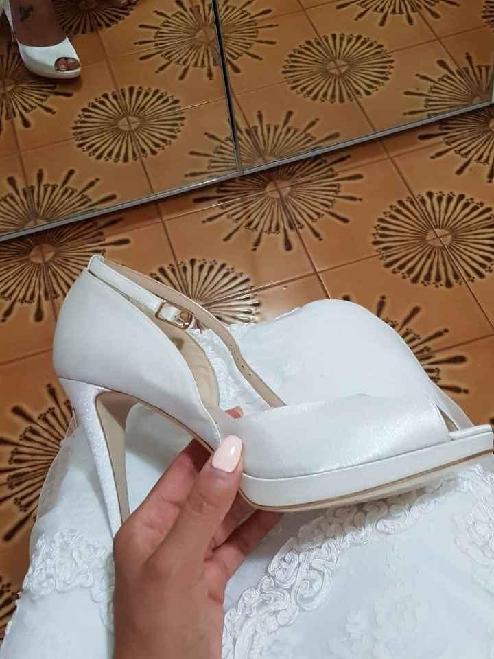 Scarpe bianche oppure nude? - 3