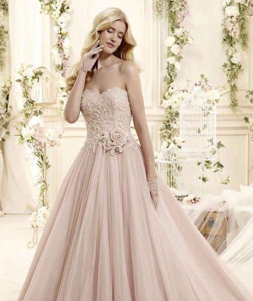 Abiti da sposa color rosa cipria