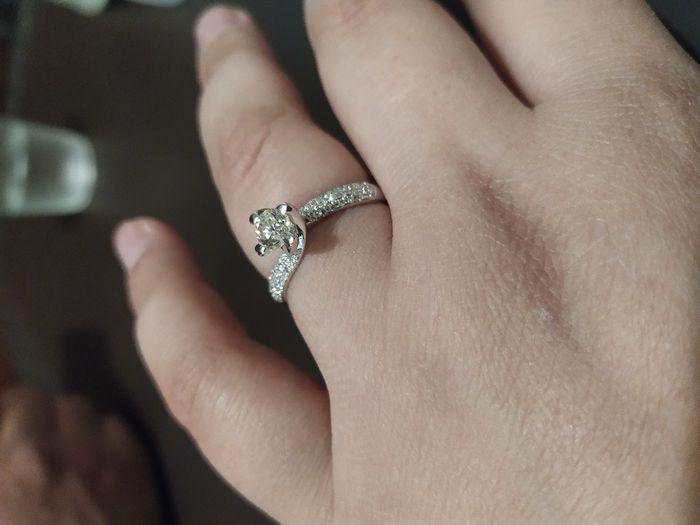 I vostri anelli di fidanzamento: vogliamo vederli! 12