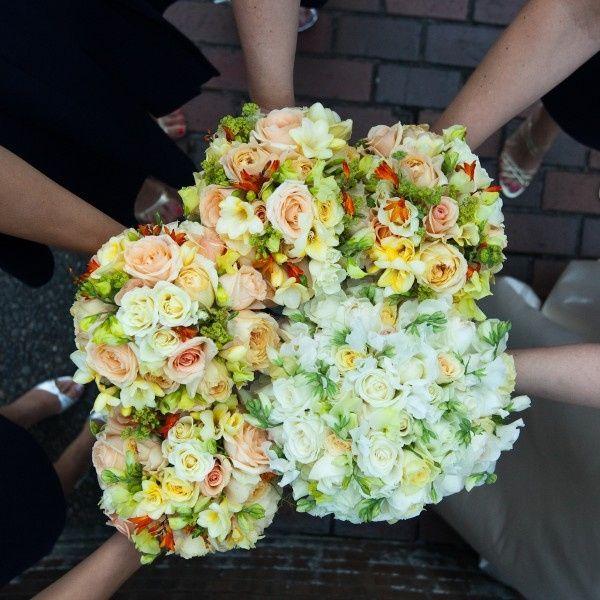 Matrimonio In Giallo E Bianco : Matrimonio in giallo e bianco organizzazione