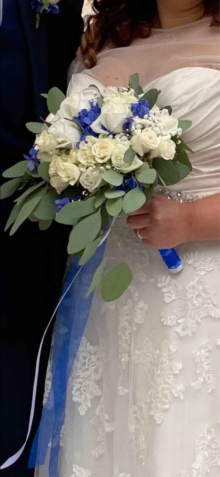 Bouquet bianco e blu/azzurro - 1