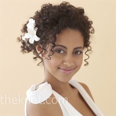 Acconciature sposa afro