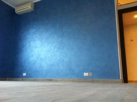 Camera Da Letto Blu Cobalto : Parete camera da letto blu progettare una casa adatta nel cuore