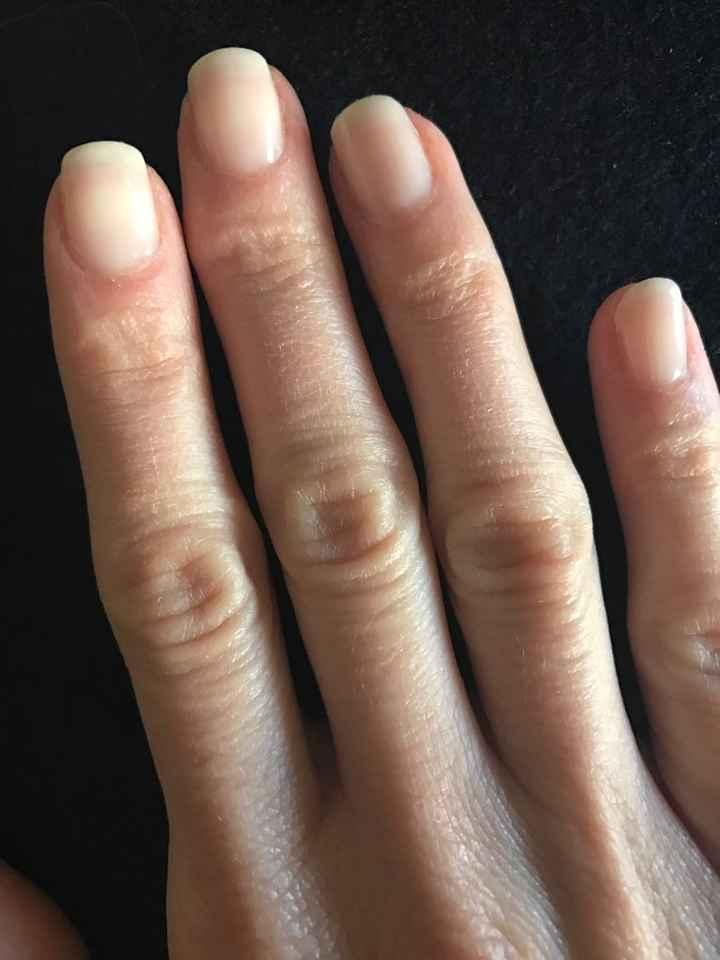 Scelta smalto manicure - 1