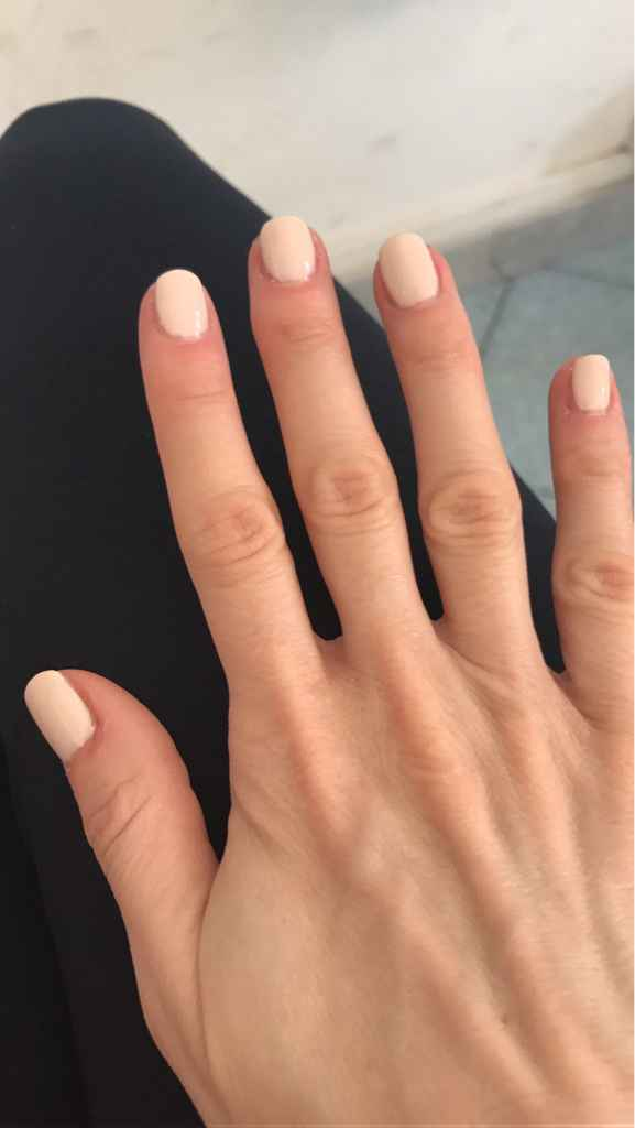 Scelta smalto manicure - 2