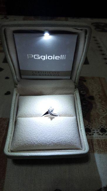 #LoveFriday - Mostrateci il vostro anello di fidanzamento 1