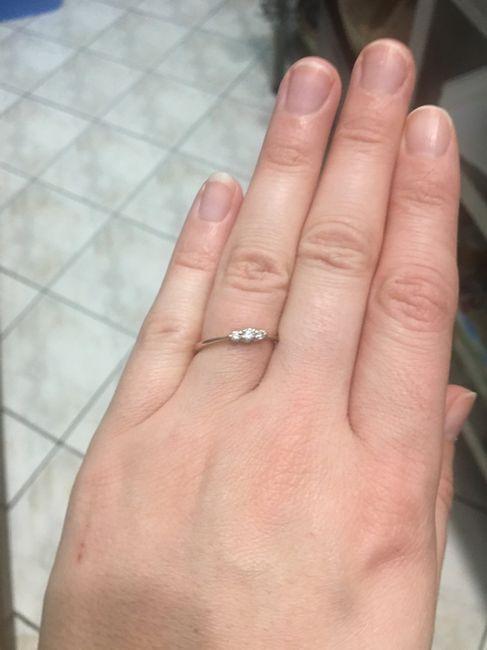 E ora mostraci una foto del tuo anello di fidanzamento! 23