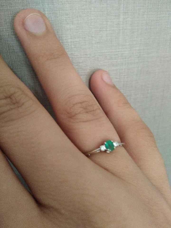 Parlaci del tuo anello di fidanzamento e scarica il regalo - 1