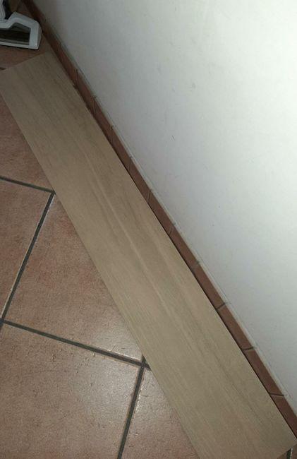 Help!! Pavimento gres porcellanato effetto legno ruvido 1