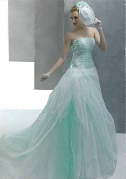 abito da sposa verde