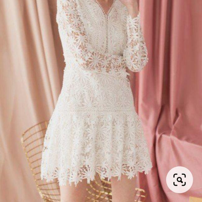 Quale abito indosserete o avete indossato alla promessa di matrimonio? - 1